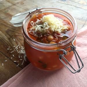 Smokey Tomato & Chickpea Soup