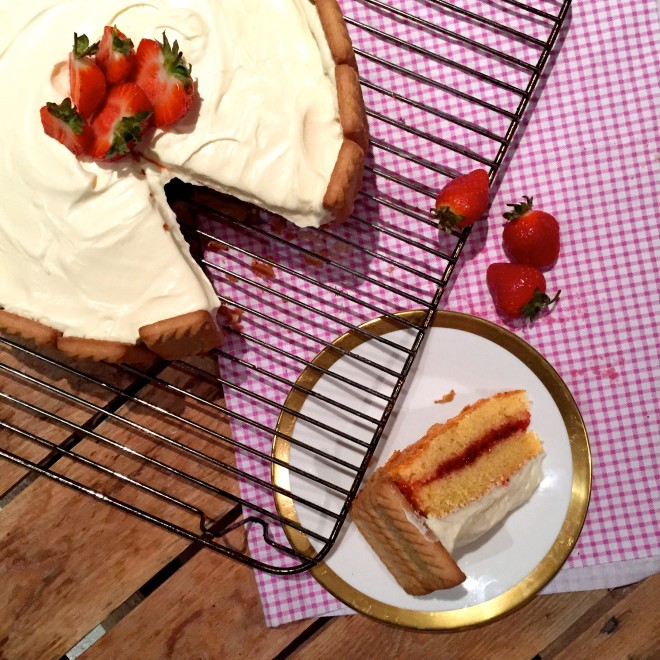 HEAT COOKS THE BOOKS: Frances Quinn's Strawberry Shortcake