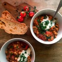 Jamie's halloumi & chickpea stew