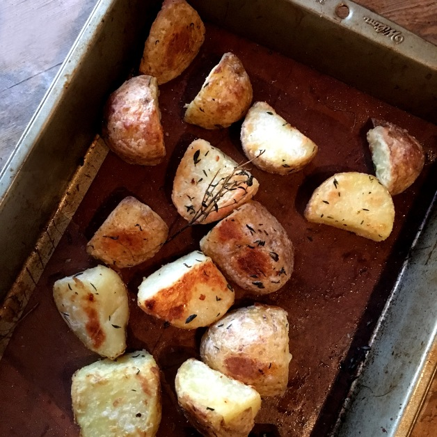light & Crispy Roast Potatoes