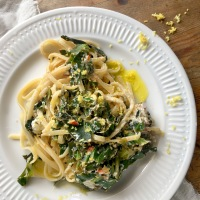 Spring linguine with lemon & ricotta