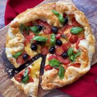 Mozzarella & tomato tart