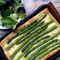 Asparagus, goats cheese & lemon tart