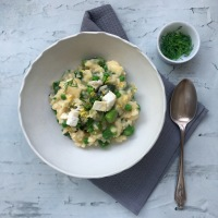Asparagus, pea & goats cheese risotto